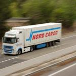 Vehicle de Nord Cargo en ruta autopista